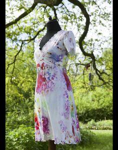 Empirekleider - Jerseykleid Aqua Flower Pink, Viskose, Wickelkleid - ein Designerstück von jerino-mode-fuer-mich bei DaWanda