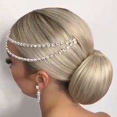 Belle coiffure - Saç mod - Beautiful hairstyle Belle co. Easy Hairstyles For Long Hair, Bride Hairstyles, Twist Hairstyles, Ballroom Hair, Hair Upstyles, French Twist Hair, Natural Hair Styles, Long Hair Styles, Hair Videos