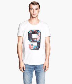 H&M T-shirt with Appliqué $24.95