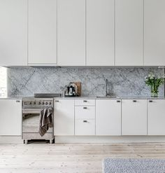 marble kitchen details