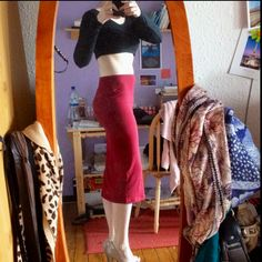 Love crop top and pencil skirt..