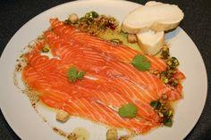 Carpaccio de saumon – huile d'olive et vinaigre balsamique