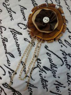 Broche Vintage Marrón. www.conmiestilopropio.com