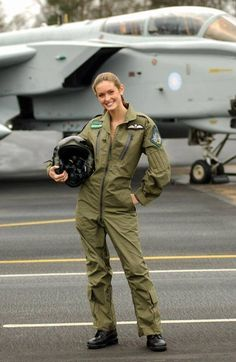 Photo of Beautiful Female Fighter jets pilots - Fighter Jets World Female Fighter, Fighter Pilot, Fighter Jets, Female Pilot, Female Soldier, Military Women, Girls Uniforms, Badass Women, Royal Air Force