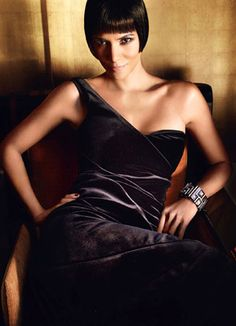 "Halle Berry ""Vogue"" #sexy"