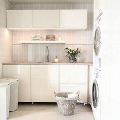 Personalize your home decoration with pretty digital printables. Laundry Room Design, Kitchen Design, Kitchen Decor, Interior Design Living Room, Living Room Designs, Laundry Room Inspiration, Solar Panels For Home, Ikea, Dream Bathrooms