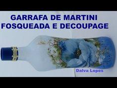 GARRAFA FOSQUEADA COLORIDA com produto chamado jateado mais DECOUPAGE - YouTube