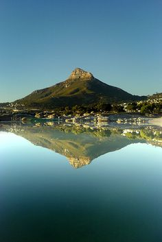 Camps Bay, Cape Town, South Africa been there it`s so Beautiful! Places Around The World, Oh The Places You'll Go, Places To Travel, Places To Visit, Around The Worlds, Pretoria, Voyager Loin, Le Cap, Cape Town South Africa