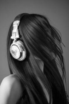 Girl with headphones. #headphones #cans #music http://www.pinterest.com/TheHitman14/headphones-microphones-%2B/