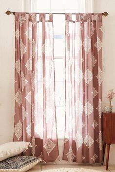 Plum & Bow Semana Curtain