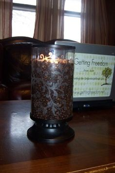Coffee bean candle holder... Makes your house smell like coffee YUM!