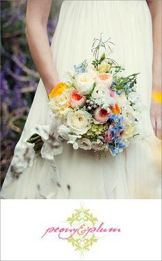 English garden style bridal bouqet from Peony & Plum; photo by Love Life Studios | junebugweddings.com