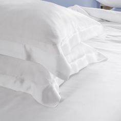 19 Momme Seamless Silk Bedding Set White (3)   http://www.snowbedding.com/   Snow Bedding offers a wide range of silk bedding products: silk filled duvet/ comforter, silk pillows, silk sheets, silk bedding sets in different styles and colors.  #silkbedding #silksheets #silkluxurybedding #silkbeddingsets #luxurybedding #chinesesilkbedding #satinbedding #silkcomforters #silkbeddingcostco