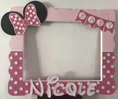 Baby Minnie :) Minnie Mouse Birthday Decorations, Minnie Mouse First Birthday, Minnie Mouse Theme, Minnie Mouse Baby Shower, 1st Birthday Dresses, 1st Birthday Parties, Baby Shower Frame, Minnie Mouse Pictures, Photo Booth Frame