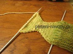 Crochet Bikini, Crochet Top, Room Interior, Interior Design Living Room, Handicraft, Design Trends, Diy And Crafts, Sustainable Design, Knitting