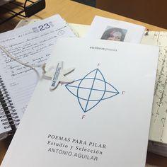 Poemas para Pilar, la antología recopilada por Antonio Aguilar de versos de mujeres.