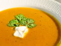 Pompoen soep (met zoete aardappel en wortel)