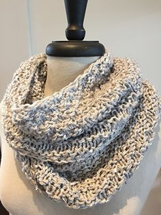 The Brooking Cowl is a shop favorite! This project requires a chunky yarn with a gauge of 3 sts per inch. We used super elegant yarns by Artyarns. With one strand of Empress and one strand of Bedazzle, you too can knit this beautiful cowl. Free on Ravelry (alternative pattern for Loops Club April 2016)