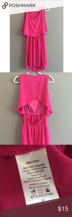 Pink Dress Open back, hot pink dress! Never worn! Paper Crane Dresses Backless