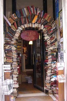 The bookstore is Le Bal Des Ardents, specializing in alternative, fringe, art, and erotic works