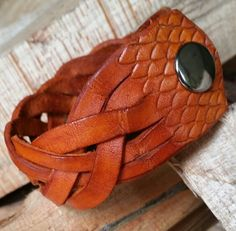 Unisex   Handmade Genuine Leather  Scale Design  by LeatherVision