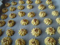 Mini Cupcakes, Vegan, Cookies, Desserts, Food, Crack Crackers, Tailgate Desserts, Deserts, Biscuits