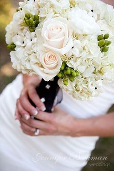 Green Ivory White Bouquet Wedding Flowers Photos & Pictures - WeddingWire.com