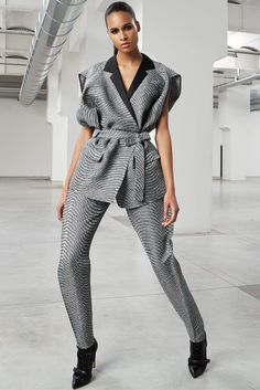 Antonio Berardi Pre-Fall 2015 Fashion Show - Cindy Bruna