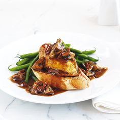 This rustic French classic chicken recipe has been simplified for you in our easy cheat's coq au vin. Classic Chicken Recipe, Food Dishes, Dishes Recipes, Savoury Dishes, Gourmet Recipes, Free Recipes, Recipies, Fresh Chicken, Delicious Magazine