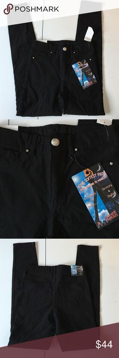 """NWT Black Stretch Skinny Pants Brand new with attached tags. Junior's size 5. Super soft lining. Stretchy. Waist measures 13"""" across, inseam 29"""", rise 9."""" Almost Famous Pants Skinny"""