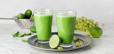 This smoothie tastes just like refreshing lemonade! This green grape smoothie is loaded with beneficial nutrients and tons of flavor. Grape Smoothie, Green Grapes, Raw Vegan Recipes, Lemonade, Green Grape, Root Beer