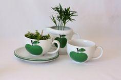 Très grosses tasses et pot à lait vintage pomme verte Herrandiz - cuisine rétro - pomme vintage - petit déjeuner rétro - cuisine 1970
