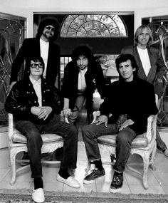 The Traveling Wilburys ~ Roy Orbison, Bob Dylan, George Harrison, Jeff Lynne, Tom Petty