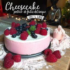 RECETA FITNESS: Cheesecake proteico de frutas del bosque