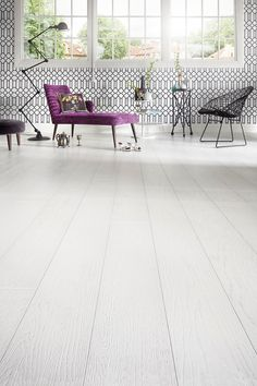 Just stunning! Oak parquet Handwashed POLAR, brushed matt lacquered is everything one can hope from white floor. www.timberwiseparquet.com Häikäisevän upea! Tammiparketti Handwashed POLAR, harjattu mattalakattu on kaikkea mitä valkoiselta lattialta voi toivoa.  www.timberwiseparketti.fi Outdoor Sofa, Outdoor Furniture, Outdoor Decor, White Wooden Floor, Wooden Flooring, Helsinki, New Homes, Bench, Brushing