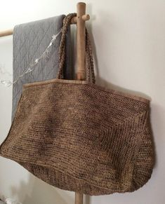 Crochet Bags Designs Don't know if you're thinking about summer yet. but love this photo of our Madagascan raffia bag. Crochet Purses, Crochet Bags, Basket Bag, Big Bags, Summer Bags, Shopper Bag, Casual Bags, Knitted Bags, Handmade Bags