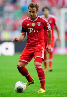 Mario Gotze fue por lana a la UEFA Champions League y salió trasquilado.