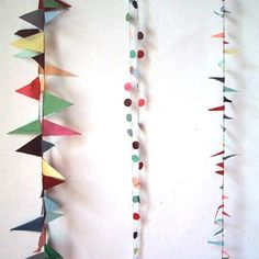 Garlands aren't only for parties, they're a super easy DIY that can liven up a mantelpiece, bay window or any spot in your house that needs a little pop of seasonal color. Diy And Crafts, Arts And Crafts, Paper Crafts, Diy Pompon, Do It Yourself Baby, Bunting Garland, Garland Ideas, Fabric Garland, Party Garland