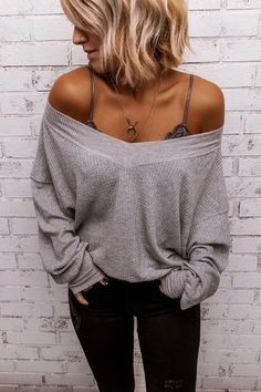 5 Tips on How to Wear A Bralette – The Asterisk Boutique Outfits 2019 Outfits casual Outfits for moms Outfits for school Outfits for teen girls Outfits for work Outfits with hats Outfits women Cute Fall Outfits, Fall Winter Outfits, Trendy Outfits, Classy Outfits, Chic Outfits, Summer Outfits, Mode Outfits, Fashion Outfits, Fashion Trends