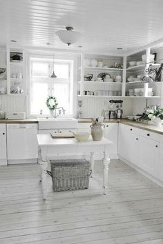 Home Interior And Gifts Shabby chic kitchen flooring.Home Interior And Gifts Shabby chic kitchen flooring Cocina Shabby Chic, Shabby Chic Kitchen Decor, Shabby Chic Farmhouse, Shabby Chic Interiors, Shabby Chic Homes, Shabby Chic Furniture, Rustic Decor, Shabby Chic Flooring, Country Chic Kitchen
