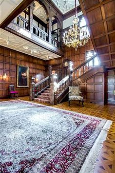 Silicon Valley historic home includes a secret room (Photo: Zillow)