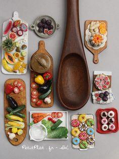 PetitPlat Miniatures by Stephanie Kilgast: Miniature Veggies and Fruit for the SIMP Fair