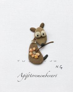 """Funny flower dog"" #agifttorememberart #pebbleart #art #instaphoto #etsy #australia #adelaide #nature #dog #gift #makersgonnamake #recycledart #neshatghaffari #beach #stone #instagood #instaart #artist #roomdecor #frame #uniqueart #photooftheday #beachdecor #etsyseller #handmadewithlove"