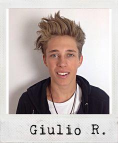 Junge Lachfalte Giulio R.