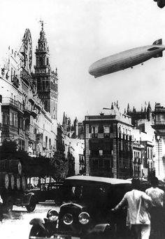 Zeppelin, San Francisco, Twitter, Plaza, Sevilla, Antigua
