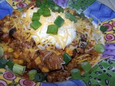 Pepper Taco Soup It's a favorite of my some of my children. It's a fairly mild chili/soup. We serve over chips with sour cream and cheese. Chili Soup, Taco Soup, Top Recipes, Dinner Recipes, Healthy Recipes, Recipies, Best Italian Recipes, Favorite Recipes, Soup And Sandwich