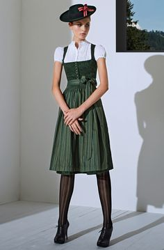 Dirndl shoes Traditional style with great shoes and stockings. Dirndl traditional yet sexy. Crazy Outfits, Trendy Outfits, Fashion Outfits, Womens Fashion, Traditional Fashion, Traditional Dresses, Drindl Dress, German Fashion, Style Retro