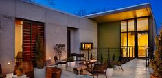 Austin Texas. The coolest places to Eat, Play, Shop and Stay! www.styleblueprint.com I heywood hotel patio