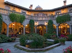 Spanish style homes – Mediterranean Home Decor Mission Style Homes, Hacienda Style Homes, Spanish Style Homes, Spanish House, Spanish Courtyard, Courtyard House, Mexican Hacienda, Mexican Style, Style At Home