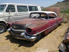 Cadillac Sedan de Ville 1956 (route 66 2013)